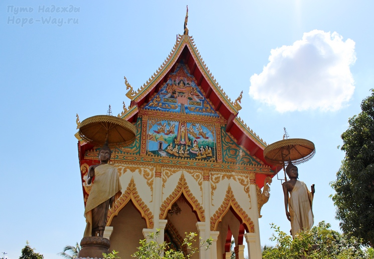 One of the many beautiful Buddhist temples in Vientiane, Laos